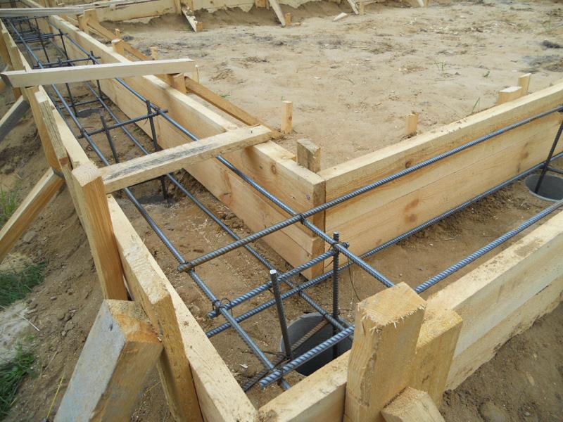 -чего-начать-строительство-дома-своими-руками-e1490309594636 С чего начать строительство дома своими руками
