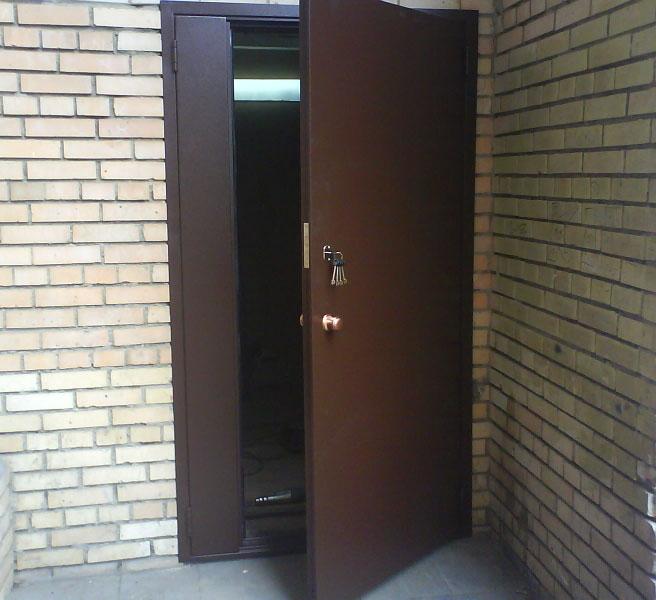 -металлических-тамбурных-дверей-e1491396015427 Разновидности металлических тамбурных дверей