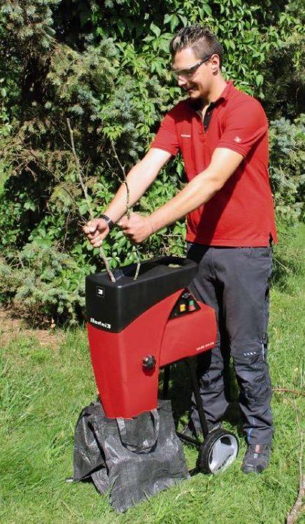sadovyi-shreder-e1498041884443 Для чего нужен садовый шредер?