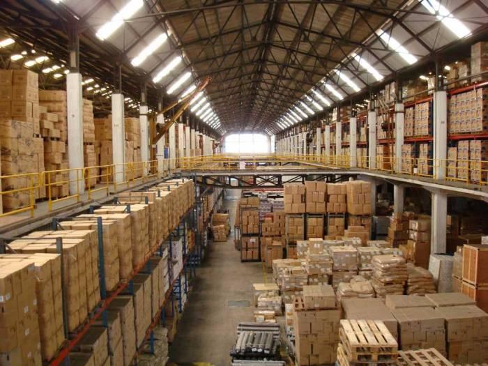 sklad-warehouse-2 Тележка для транспортировки паллет: как правильно ее выбрать?