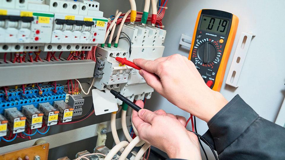 elektrik Вызов электрика в Санкт-Петербурге