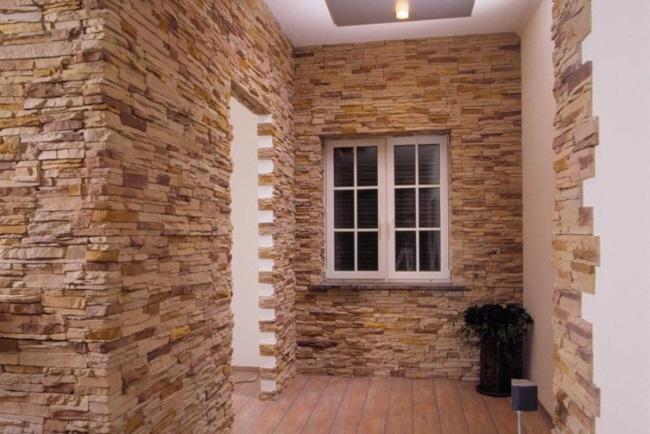 Dekorativnyiy-kamen-v-otdelke-sten-700x400 Отделка стен декоративным камнем
